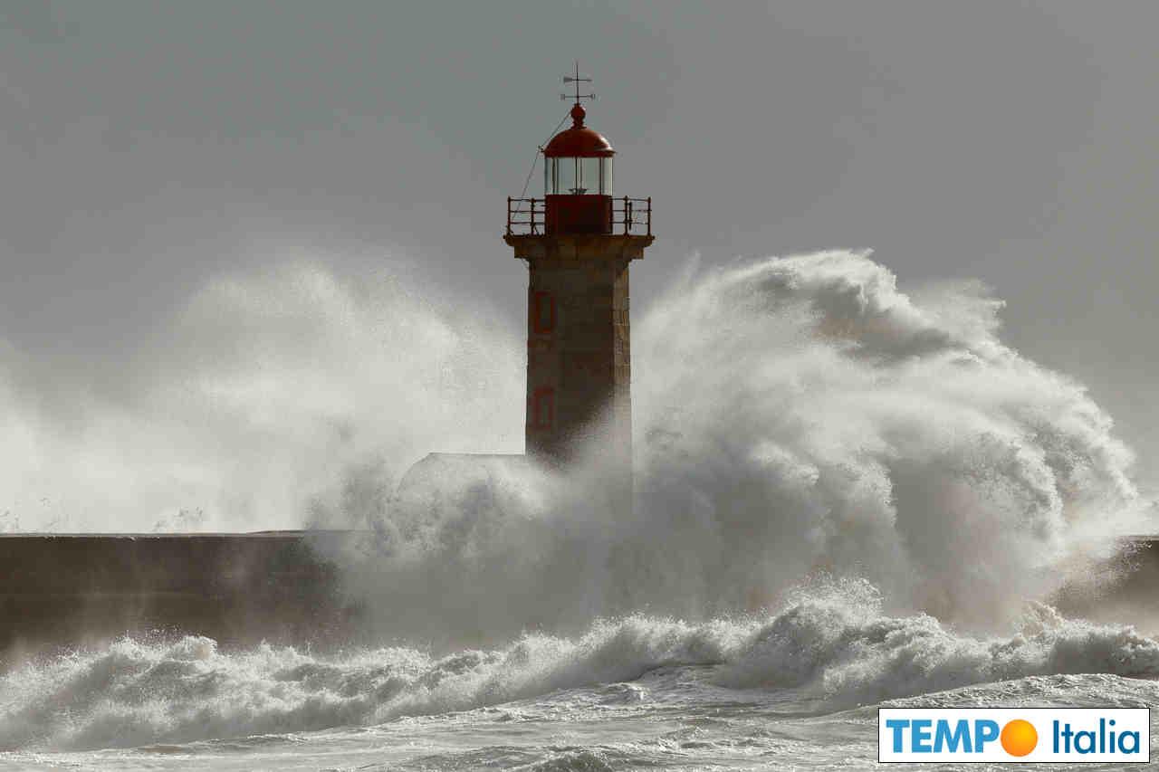 Bufere di vento accompagneranno il finire di settimana in Italia.